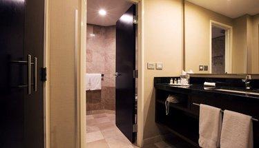 Salle de bain chambre exécutive Hôtel Urban Aeropuerto Ciudad de México Ciudad de México